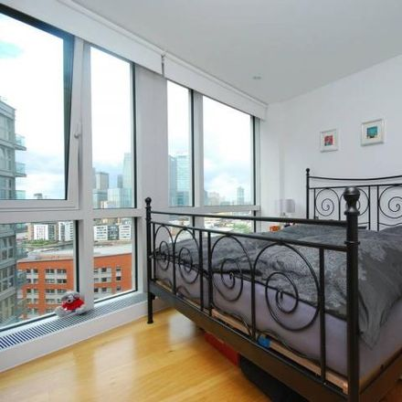Rent this 1 bed apartment on New Providence Wharf in Fairmont Avenue, London E14 9JA