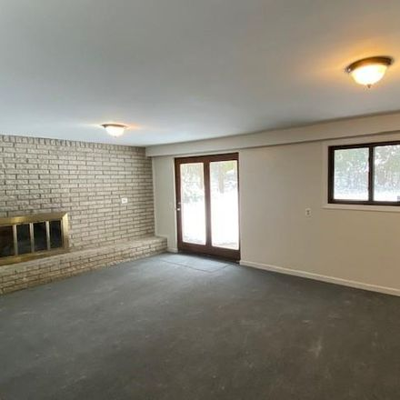Rent this 5 bed house on 5299 Beach Road in Troy, MI 48098