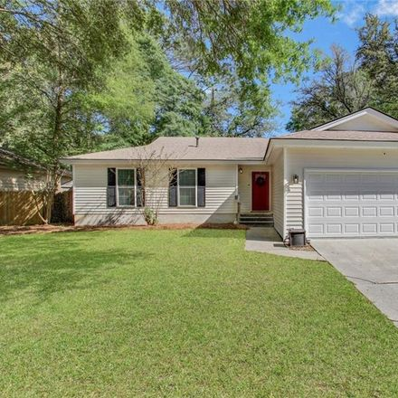 Rent this 3 bed house on E Deerwood Rd in Savannah, GA