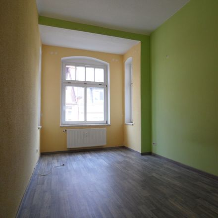Rent this 3 bed apartment on Hohe Straße 37 in 09669 Frankenberg, Germany