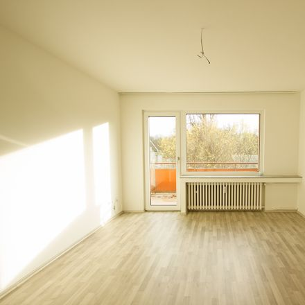 Rent this 2 bed apartment on Beecker Straße 296 in 47166 Duisburg, Germany