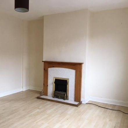 Rent this 3 bed house on Bryant Avenue in Slough SL2 1LF, United Kingdom