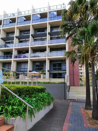 Rent this 3 bed apartment on 13 Potter Street
