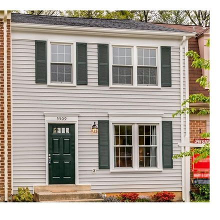 Rent this 3 bed townhouse on 5509 La Cross Court in Burke Centre, VA 22032
