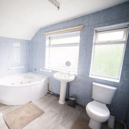 Rent this 1 bed room on 24 Woodlands Road in Birmingham B11 4HE, United Kingdom