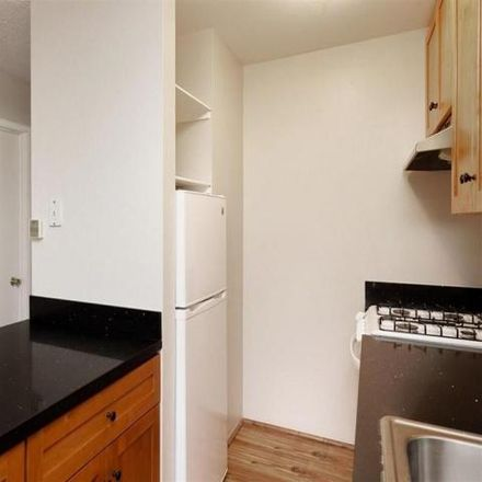Rent this 1 bed house on 1927 5th Avenue in Oakland, CA 94606