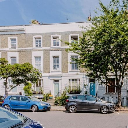 Rent this 2 bed apartment on 14 Florence Street in London N1, United Kingdom