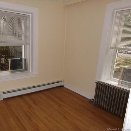 Rent this 1 bed townhouse on 40 Pearl Street in New London, CT 06320