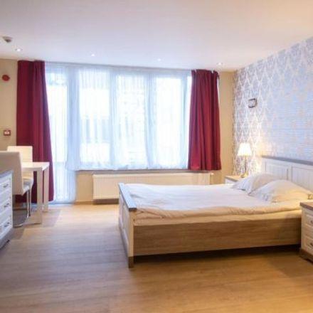 Rent this 2 bed apartment on Rue des Palais - Paleizenstraat 108 in 1030 Schaerbeek - Schaarbeek, Belgium