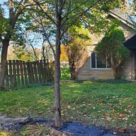 Rent this 2 bed house on Austin Dr in Novi, MI