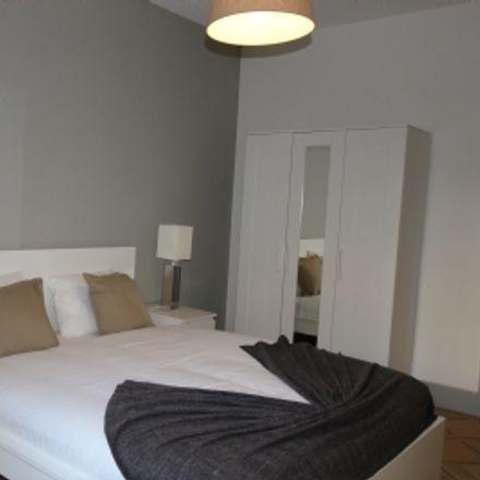 Rent this 1 bed apartment on Rue de la Mairie 6 in 1207 Geneva, Switzerland