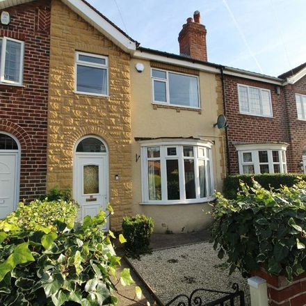 Rent this 3 bed apartment on Strathmore Road in Doncaster, DN2 6DD