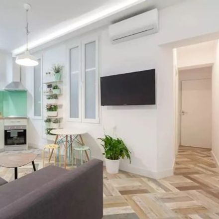 Rent this 3 bed apartment on Ramón Barce in Calle Mayor, 28013 Madrid