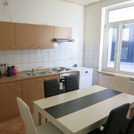 Rent this 5 bed room on Stresemannstraße 228 in 27576 Bremerhaven, Germany