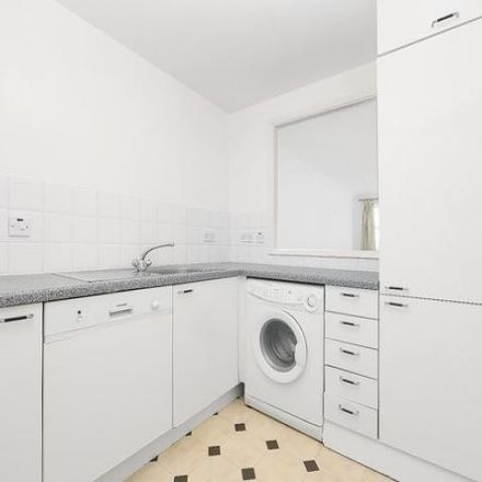 Rent this 1 bed apartment on Campania Building in The Highway, London E1W 3HT