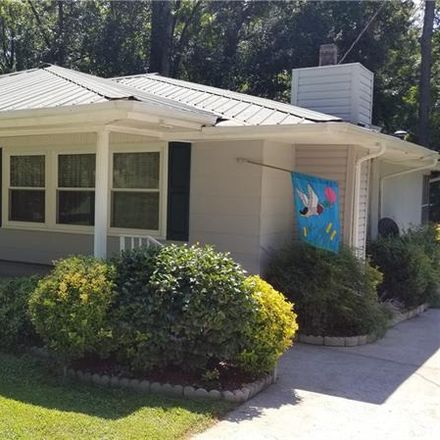 Rent this 3 bed house on 333 Brookwood Drive in Lavonia, GA 30553