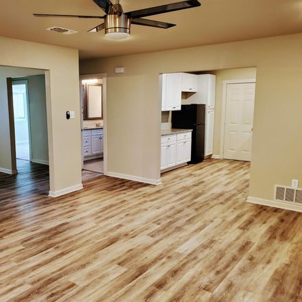 Rent this 3 bed house on 3211 37th Street in Lubbock, TX 79413