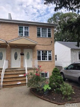 Rent this 3 bed house on Springfield Ln in Springfield Gardens, NY