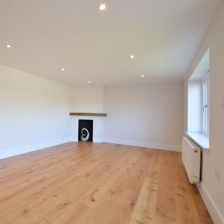 Rent this 5 bed apartment on The Horns in Bowling Alley, Hart GU10 5RW