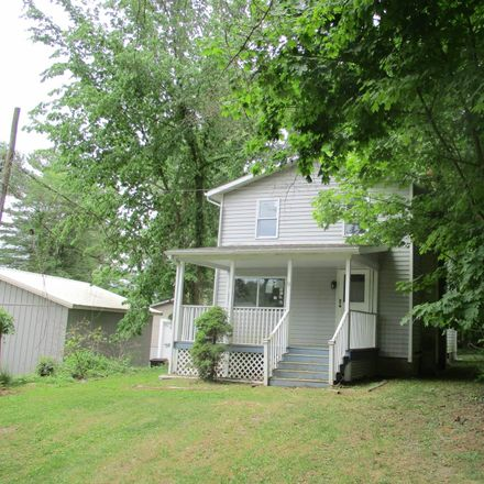Rent this 3 bed house on Lake Ave in Averill Park, NY