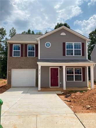 Rent this 3 bed house on Harris Center Dr in Charlotte, NC