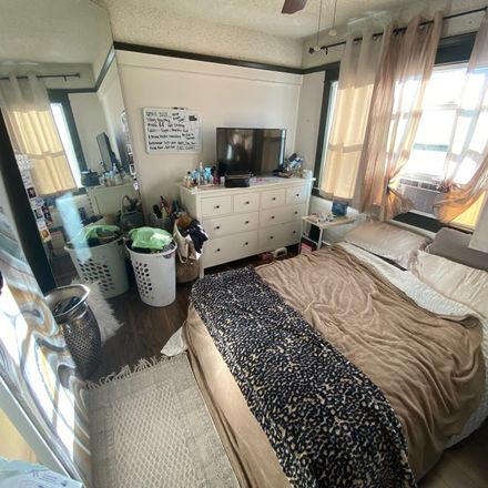 Rent this 1 bed room on 1105 South Fetterly Avenue in Winter Gardens, CA 90022
