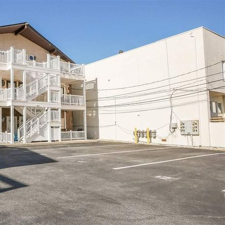Rent this 3 bed apartment on Pacific Ave in Margate City, NJ