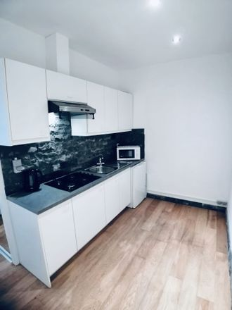 Rent this 1 bed apartment on Van Duyststraat 78 in 2100 Antwerpen, Bélgica