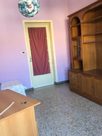 Rent this 6 bed room on Via Gigi Macchi in 95125 Catania CT, Italia