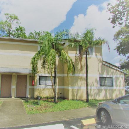 Rent this 2 bed townhouse on Palm Cir S in Hollywood, FL