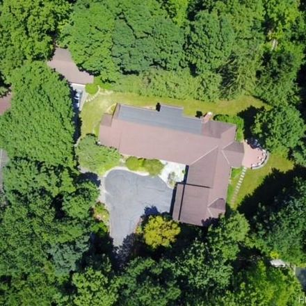 Rent this 6 bed house on 2 Ironwood Lane in Town of Harrison, NY 10580