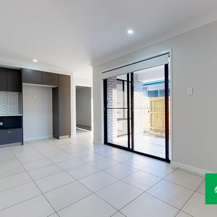 Rent this 1 bed apartment on 2/43 Bisschop Street