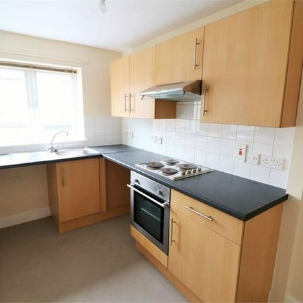 Rent this 2 bed apartment on King's Crescent in Doncaster DN12 1BD, United Kingdom