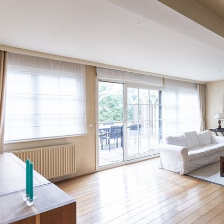 Rent this 2 bed apartment on Avenue Princesse Elisabeth - Prinses Elisabethlaan 37 in 1030 Schaerbeek - Schaarbeek, Belgium