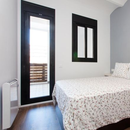 Rent this 2 bed apartment on Carrer de Galileu in 237, 08001 Barcelona