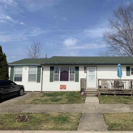 Rent this 3 bed house on 1115 Latonia Street in Ironton, OH 45638
