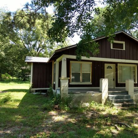 Rent this 2 bed house on 603 West Kansas Avenue in Bonifay, FL 32425