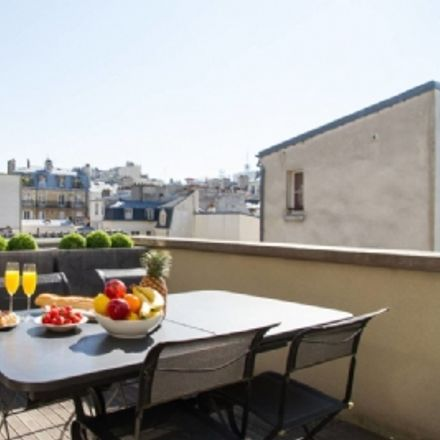 Rent this 3 bed apartment on 18 Rue au Maire in 75003 Paris, France