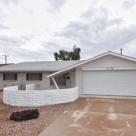Rent this 3 bed house on 1040 East Loma Vista Drive in Tempe, AZ 85282