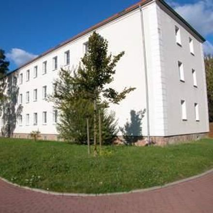 Rent this 3 bed apartment on Goethestraße 26 in 06242 Braunsbedra, Germany