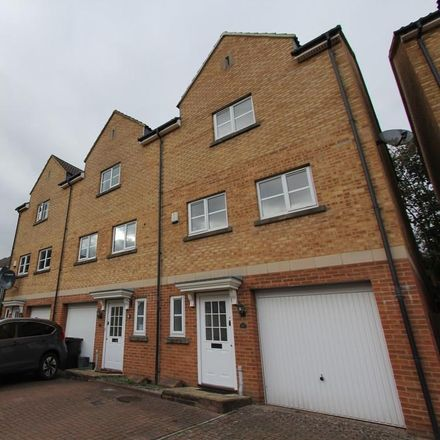 Rent this 4 bed house on Blue Falcon Road in Kingswood BS15, United Kingdom