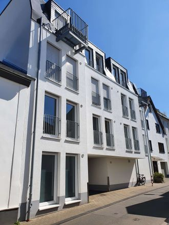 Rent this 3 bed loft on Am Burggraben 51 in 53121 Bonn, Germany