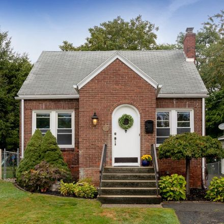 Rent this 3 bed house on 55 Wolfert Avenue in Town of Colonie, NY 12204