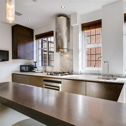 Rent this 3 bed apartment on Dorchester Court in Sloane Street, London SW1X 9BS
