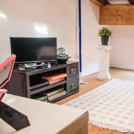 Rent this 2 bed apartment on Canalla Bistro by Ricard Camarena in Carrer del Mestre Josep Serrano, 5