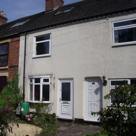 Rent this 3 bed house on 6 Rosy Cross in Tamworth B79 7JR, United Kingdom