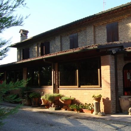 Rent this 2 bed room on Via Gambellara in Ravenna RA, Italy