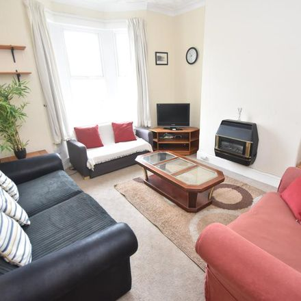 Rent this 3 bed house on Flaxland Avenue in Cardiff, United Kingdom