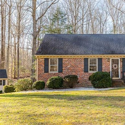 Rent this 3 bed house on 15053 Quaker Church Rd in Montpelier, VA
