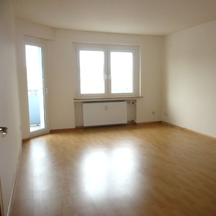 Rent this 3 bed apartment on Viktoriastraße 8 in 45525 Hattingen, Germany